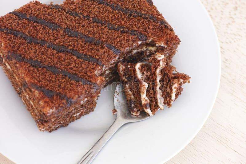 Download Läcker Chokladcake På En Platta Fotografering för Bildbyråer - Bild av smakligt, svamp: 78727805