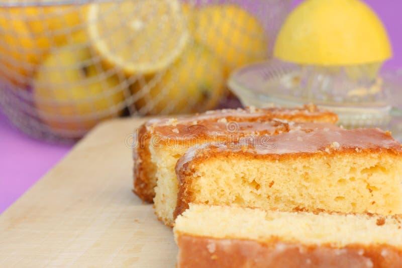 Läcker citronfruktkaka royaltyfria bilder