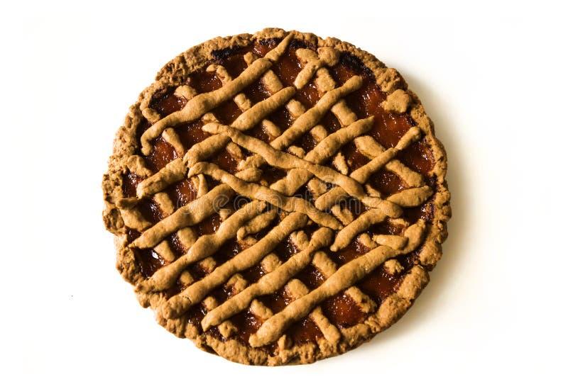 Läcker rund kaka på den vita tabellen för kök äta som är sunt arkivbilder
