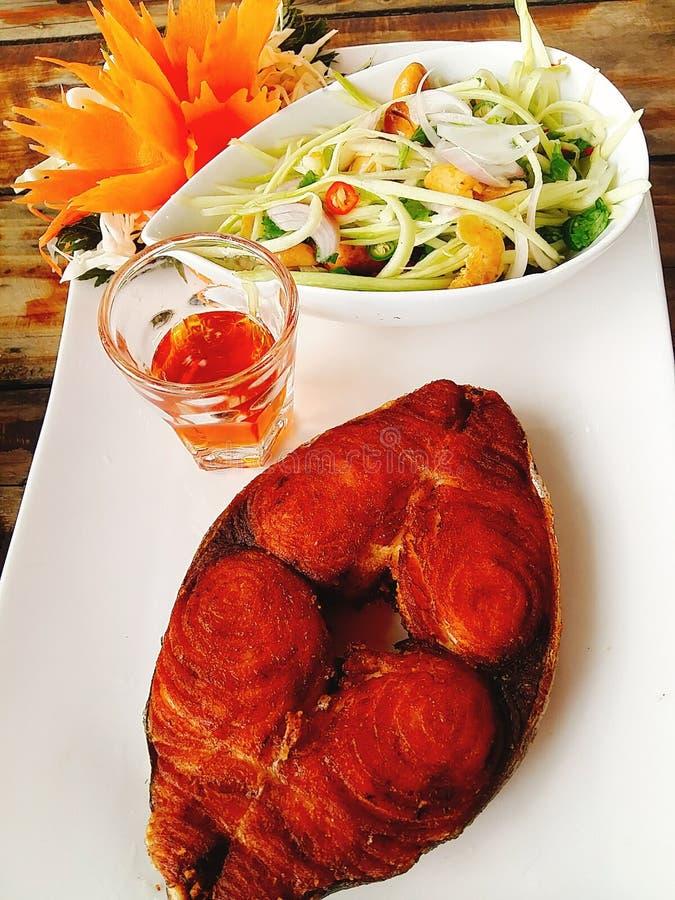Läcker smaskig samui för matfisk royaltyfria foton