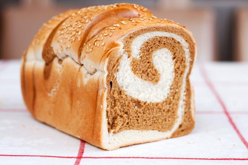 Download Läckert Släntra Med Sesamfrö. Arkivfoto - Bild av bagerit, sött: 27283574