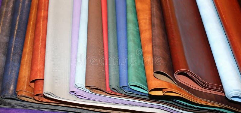 Läder lappar till salu i seminariet royaltyfri foto