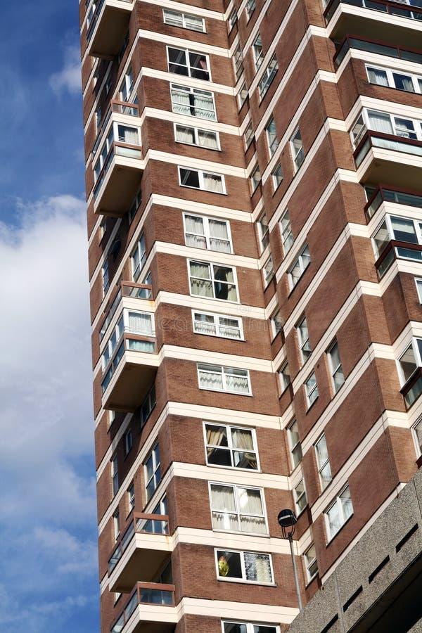 lägenhetblockengland delar fotografering för bildbyråer