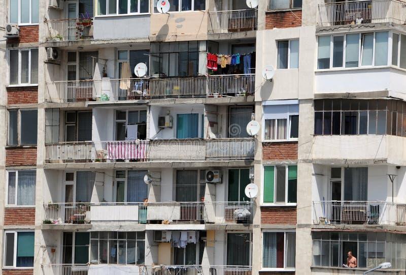 Lägenhethus i Veliko Tarnovo arkivbilder