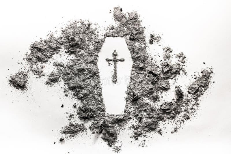 Lägga i kista casketsymbolet med korset som göras i aska fylla på svart död för pappbegreppslik floor foten etiketten för kornbil royaltyfri fotografi