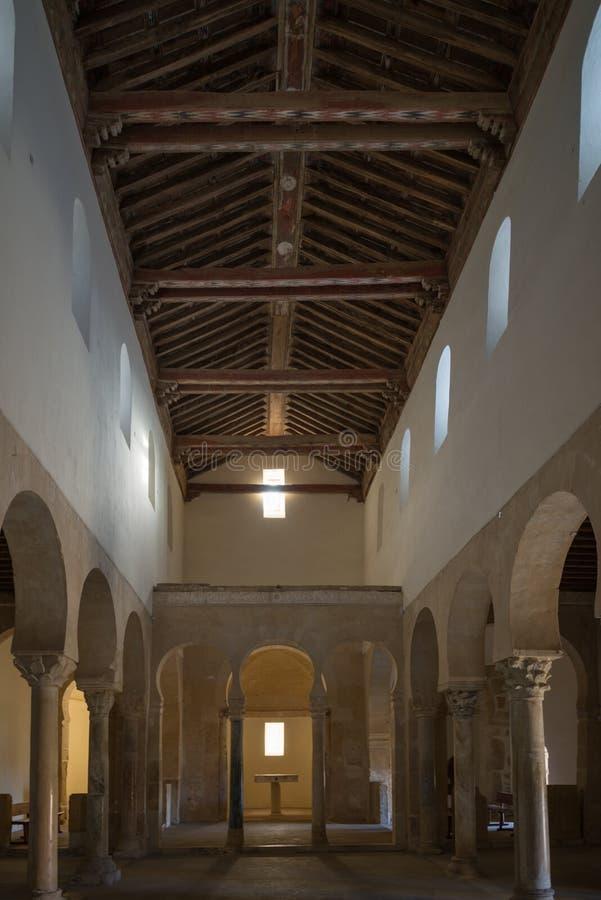 Ländliche Kirche in Leon España lizenzfreies stockfoto