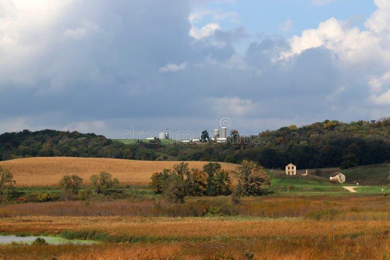 Ländliche Landschaft des Herbstes stockbild