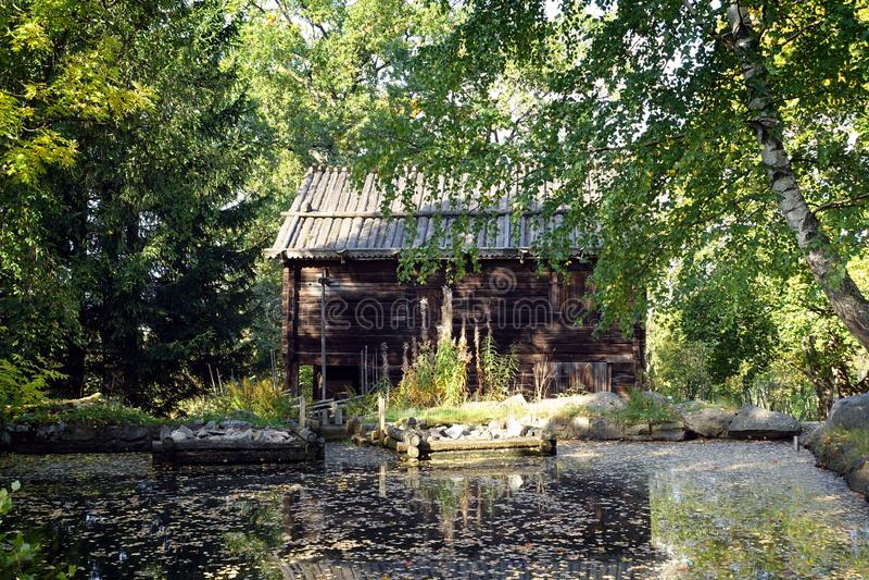 Ländliche Szene an Skansen, am ersten Freiluftmuseum und an Zoo, gelegen auf der Insel Djurgarden in Stockholm, Schweden lizenzfreie stockfotografie