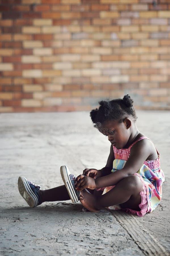 Ländliches afrikanisches Kind lizenzfreies stockfoto