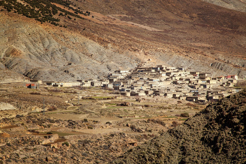 Ländliches Berberdorf in Marokko stockfotos