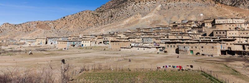 Ländliches marokkanisches Berberdorf in Marokko lizenzfreie stockfotografie