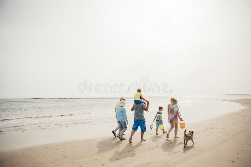 längs att gå för strand arkivfoton