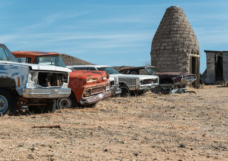 Längs Route 66 i den Arizona öknen royaltyfri bild