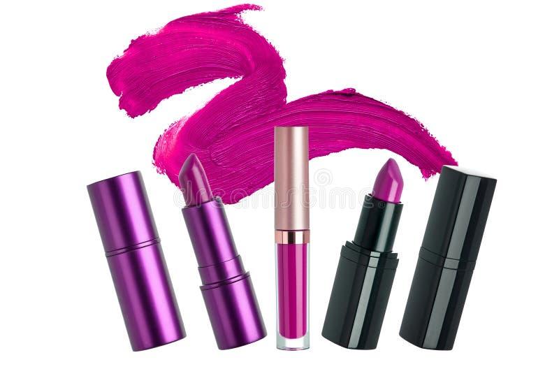 Läppstiftskönhetsmedel utgör gåvauppsättningen royaltyfri foto
