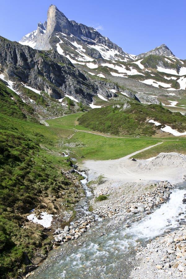 Lärmstange berg i Zillertal fjällängar, Österrike royaltyfria foton