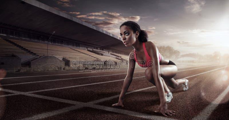 Läufer auf der Anfangslinie stockfotografie