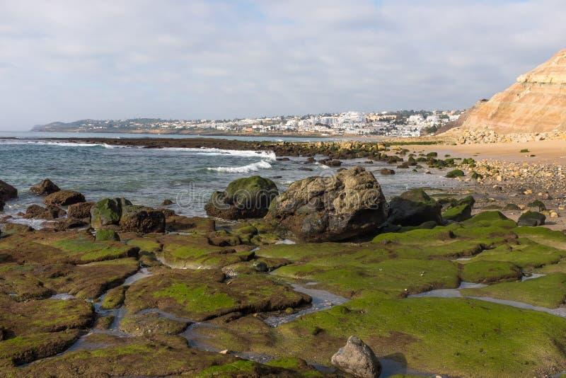Lågvatten i Praia da Luz royaltyfri foto