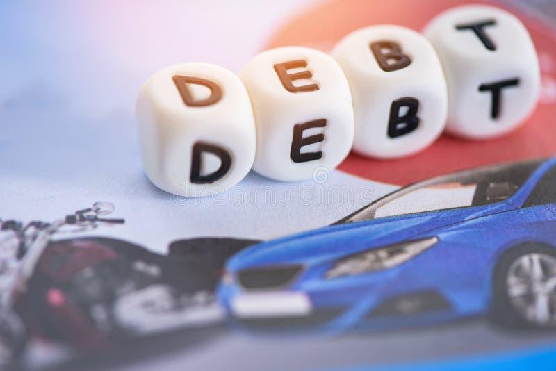 Låna kreditering för bilskulden - begrepp för billån arkivbilder