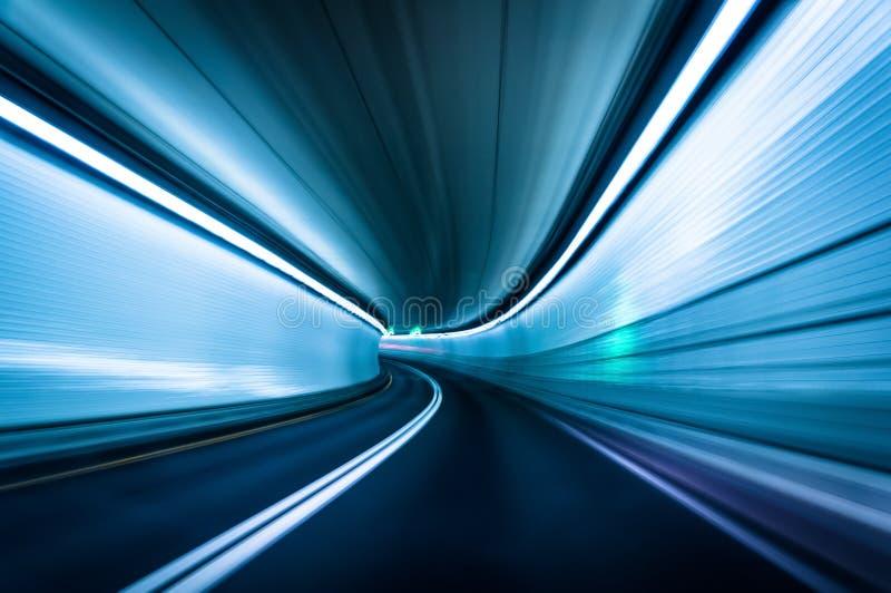 Lång exponering som tas i den fortMcHenry tunnelen, Baltimore, Maryl royaltyfri bild
