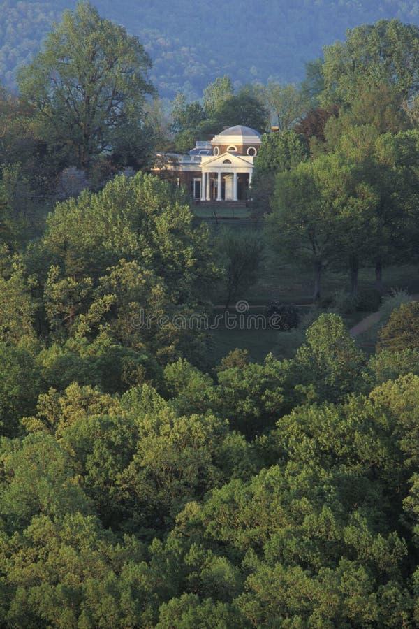 Lång sikt av Thomas Jefferson Monticello arkivbild