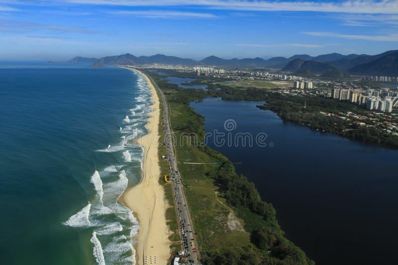Långa och underbara stränder, strand för Recreio DOS Bandeirantes, Rio de Janeiro Brazil royaltyfria bilder