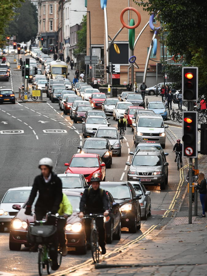Långsam rörande trafik royaltyfria foton