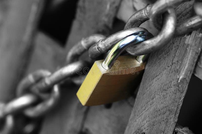 Download Lås arkivfoto. Bild av tungt, trä, ström, säkerhet, låst - 26526
