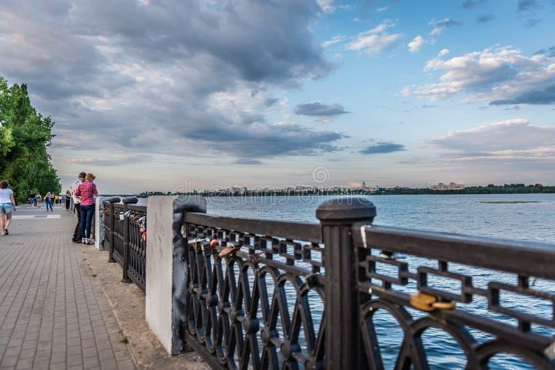 Lås av förälskelse fotografering för bildbyråer