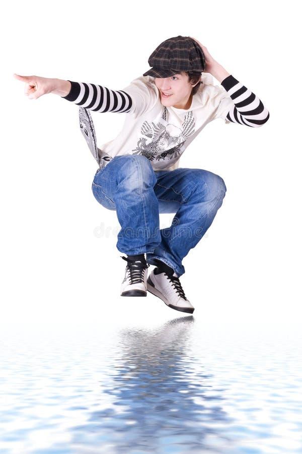 låsa för banhoppning för flygtur för pojkedanshöft som är tonårs- arkivbild