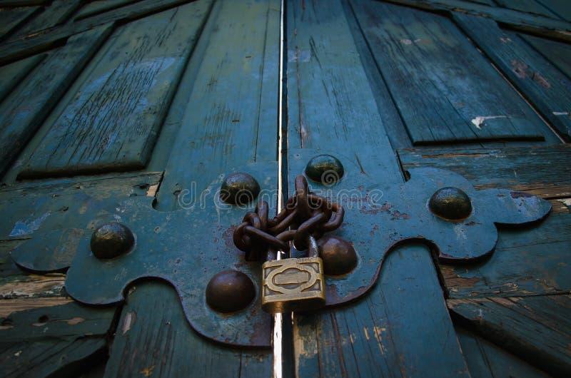 låst dörr royaltyfri fotografi