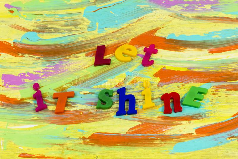 Låten plast- för ljus för andaskensol lycklig royaltyfri foto