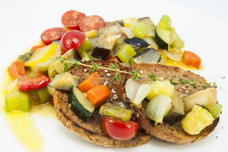Légumes cuits à la vapeur images stock
