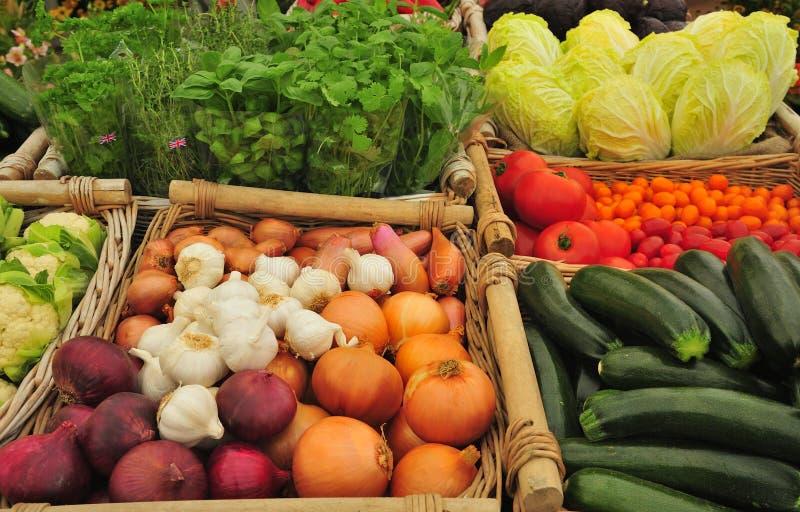 Légumes de stalle du marché image libre de droits
