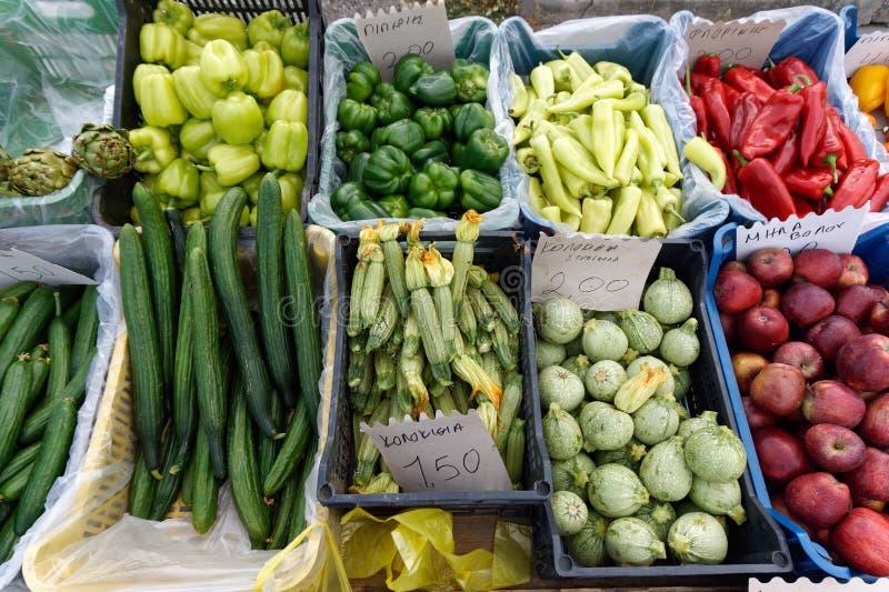 Légumes frais, marché grec d'agriculteurs photo stock