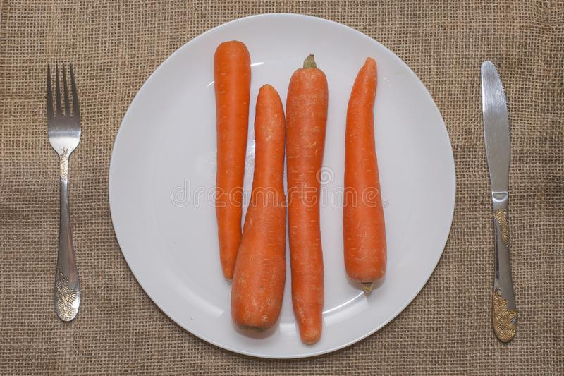 Légumes mélangés d'une plaque photographie stock libre de droits