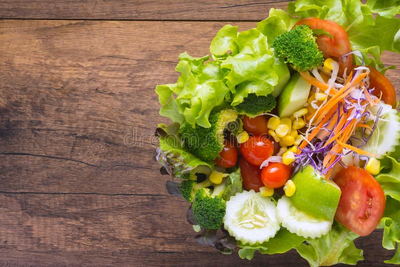 Légumes mélangés de salade en Asie image libre de droits