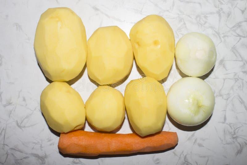 Légumes pour faire la soupe images stock