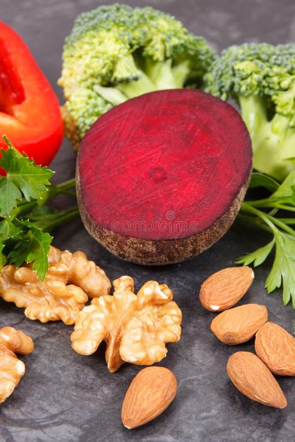 Légumes sains naturels bons pour l'hypertension et le diabète, concept nutritif de consommation image stock