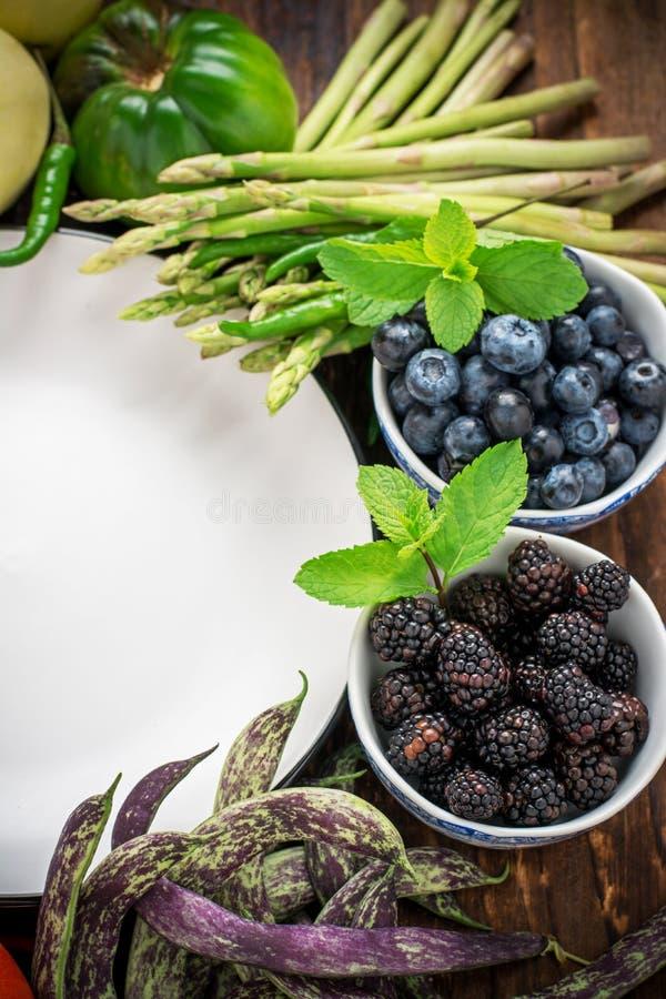 Légumes sur le marché d'agriculteur photo libre de droits