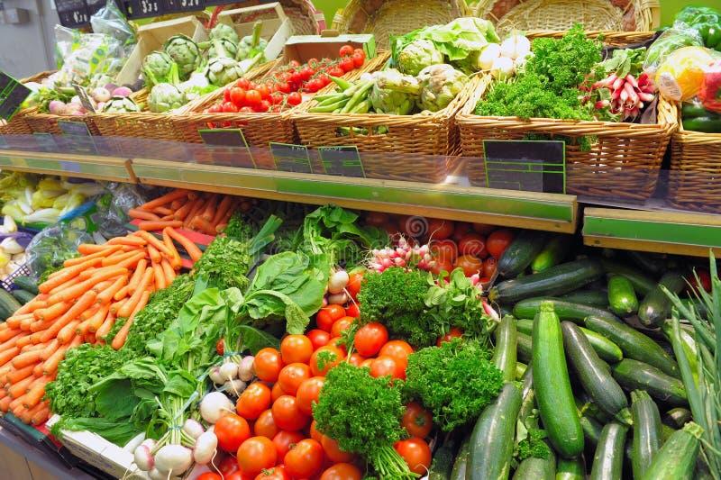 Légumes sur un marché photos libres de droits