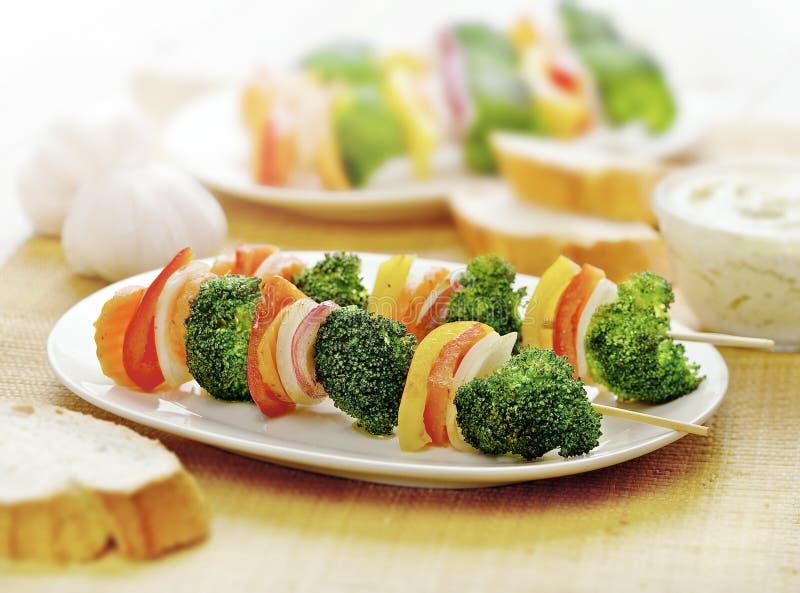Légumes végétariens de brochette seulement photographie stock
