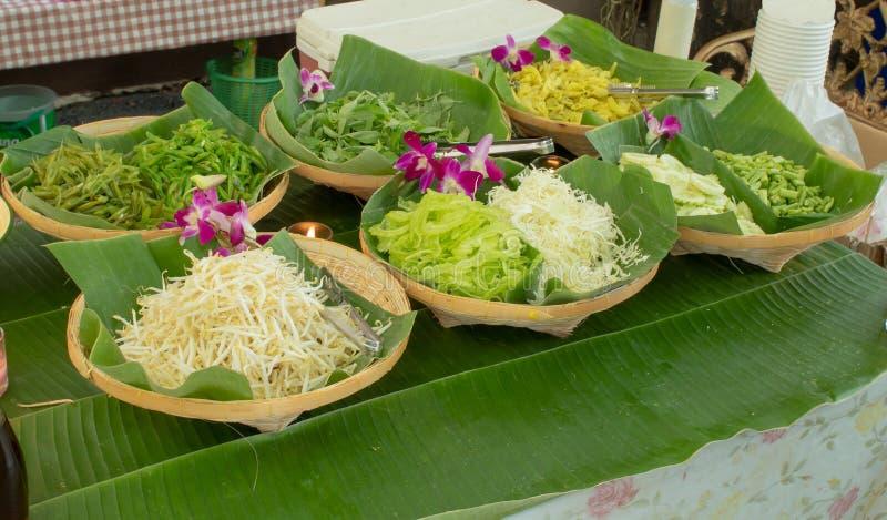 Légumes verts de divers types photo stock