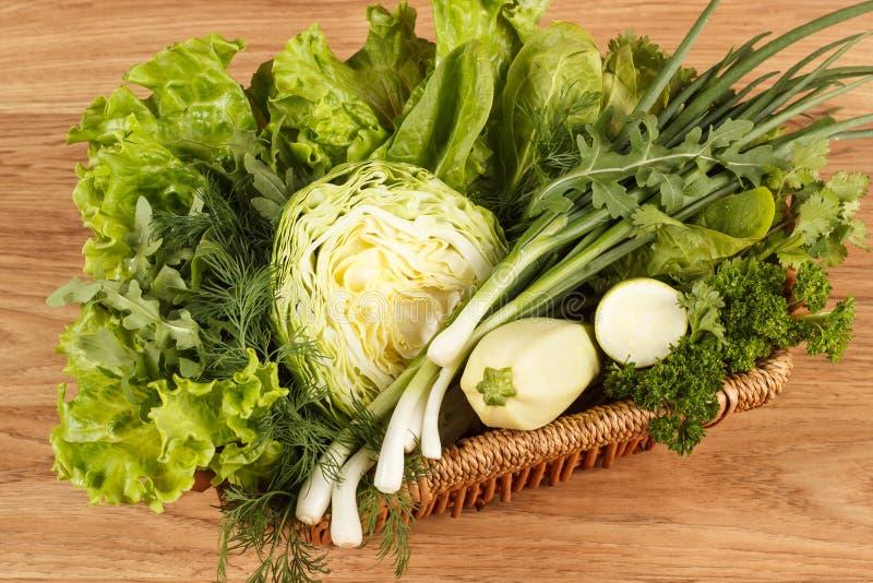 Légumes verts frais images stock
