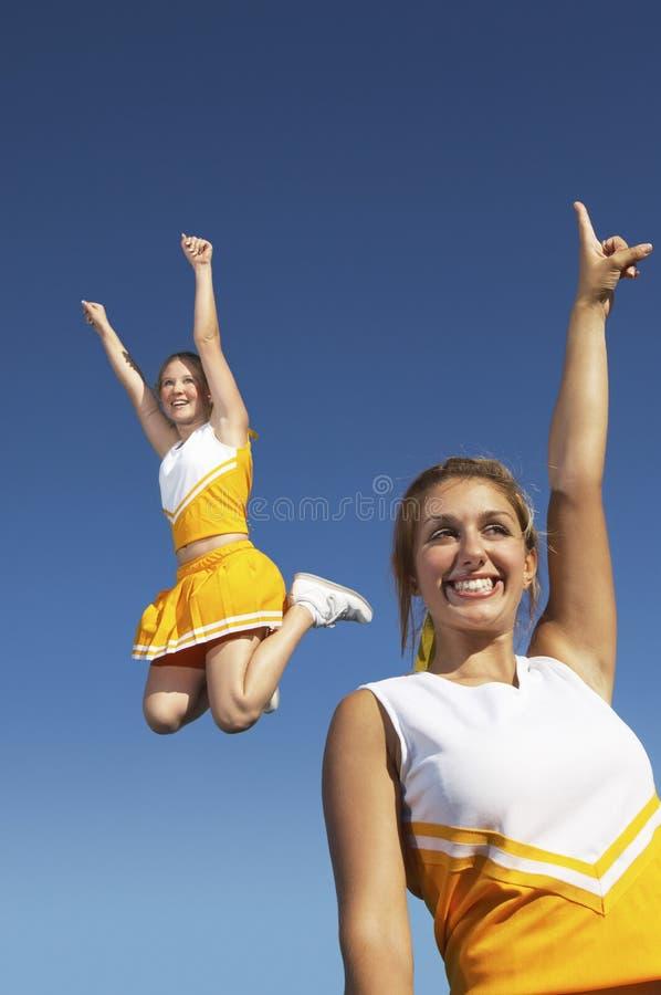 Líder da claque fêmeas Excited fotografia de stock royalty free