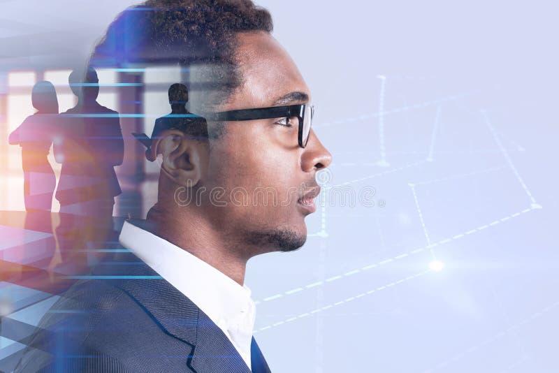 Líder de negócio afro-americano, holograma do gráfico imagem de stock