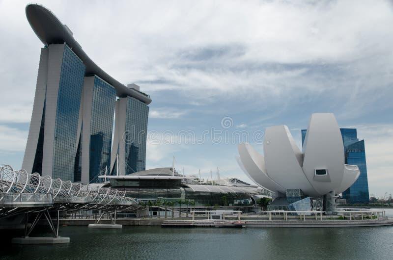 Línea de costa de la bahía del puerto deportivo, Singapur imagen de archivo libre de regalías