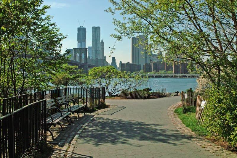 Línea de costa New York City del parque del puente de Brooklyn fotografía de archivo libre de regalías