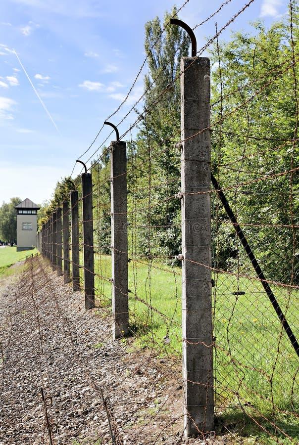 Línea de desaparición en Dachau foto de archivo
