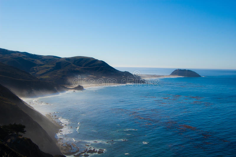 Línea de la playa del océano