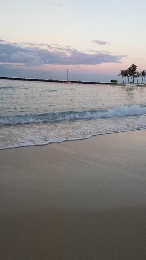 Línea de la playa hawaiana imagen de archivo libre de regalías
